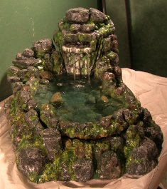 Rainforest waterfall for a terrarium